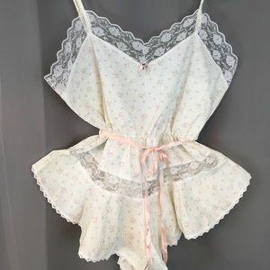 (vintage) Petra Fashions